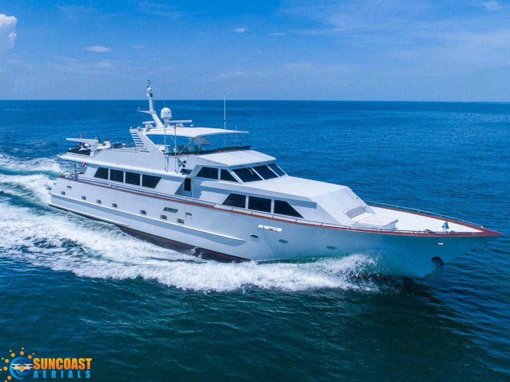 Drone-Luxury-Yacht-Sarasota